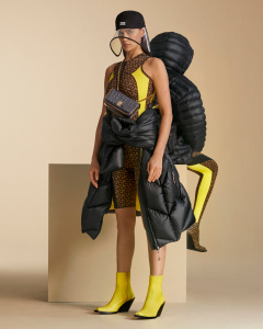 BURBERRY PRESENTA LA CAMPAGNA DELLA PRE-COLLECTION A/W 2020