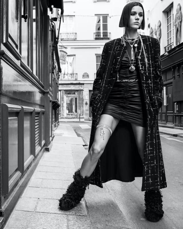 Modella Chanel Fall Winter 21/22 Ready-to-Wear