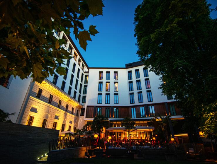 BVLGARI-HOTEL-MILANO-Aperitivo